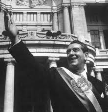 En su segundo Informe de Gobierno, el 1 de septiembre, López Mateos había dicho al Congreso de la Unión...