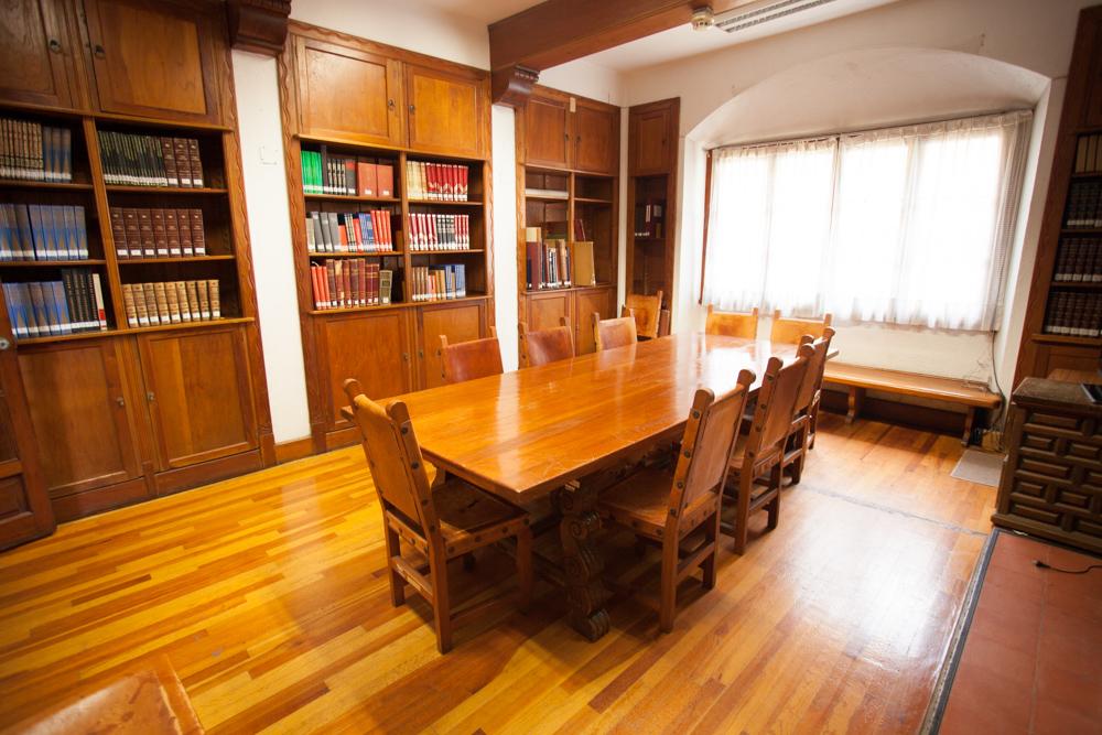 Salón reuniones Centro Lombardo